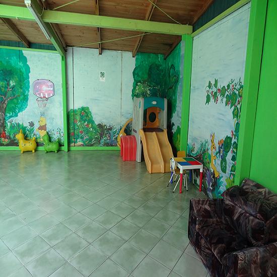 Venta de casa jard n infantil san pedro de la paz for Casas para jardin infantil